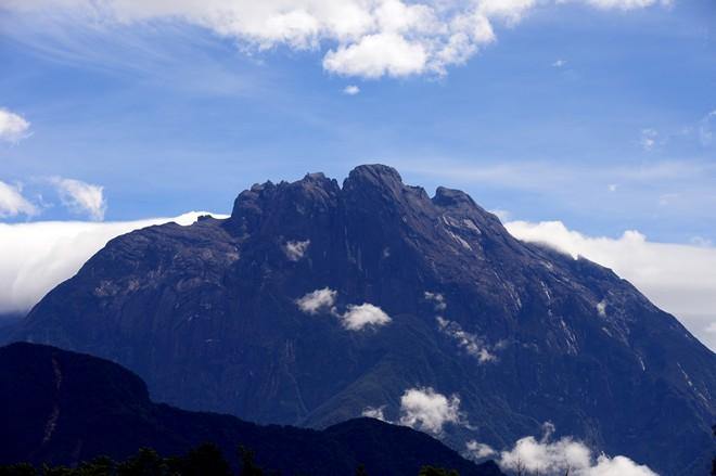 can-canh-dinh-nui-kinabalu-cao-nhat-dong-nam-a-edf2275745e3b10370878481d0708b6090b36293